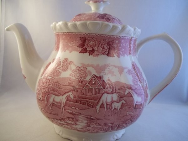 "Teekanne ""English Scenic"" Rot Pferd"